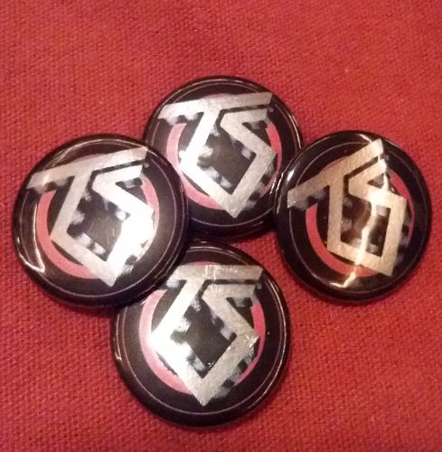 Twisted Sister - Button (Metallic)